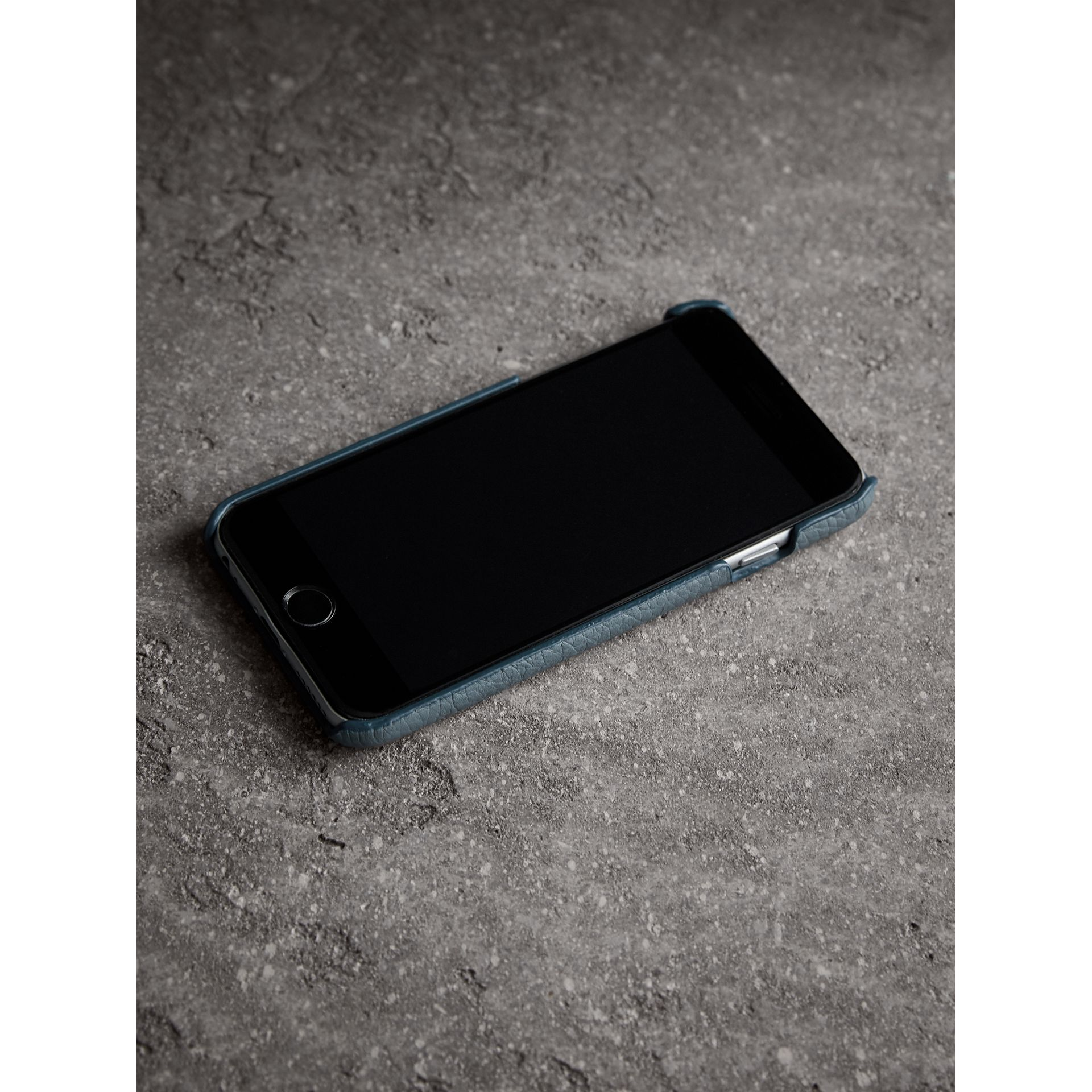 London Leather iPhone 7 Case in Dusty Teal Blue - Women | Burberry - gallery image 3