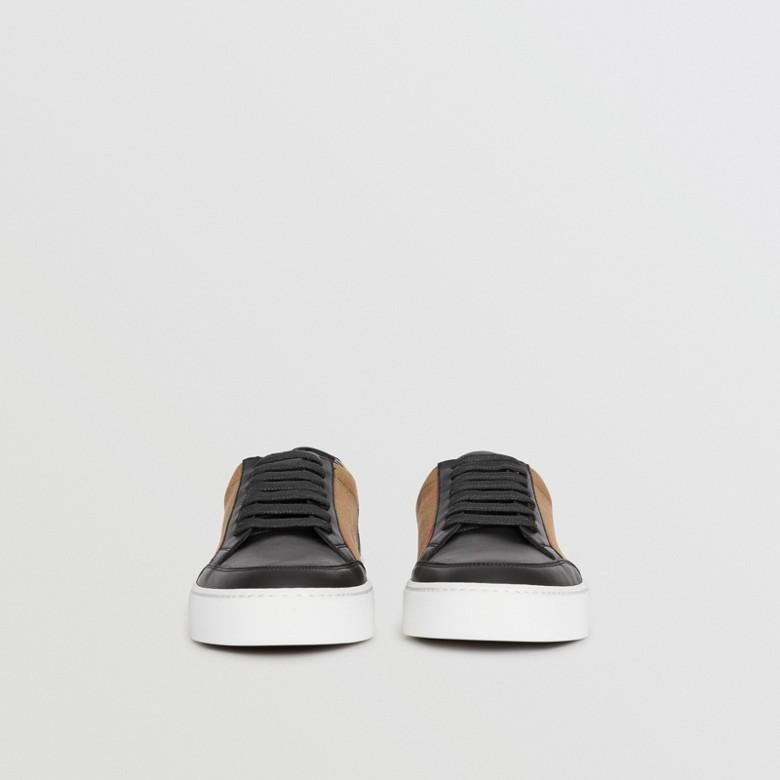 Burberry - Sneakers en cuir avec détails check - 4