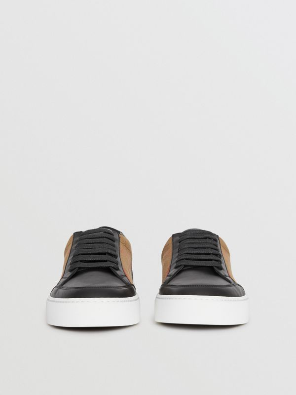 Check Detail Leather Sneakers in House Check/black - Women | Burberry Singapore - cell image 3
