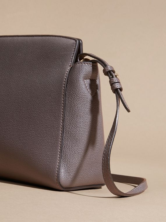 Sepia grey The Saddle Clutch in Grainy Bonded Leather Sepia Grey - cell image 3