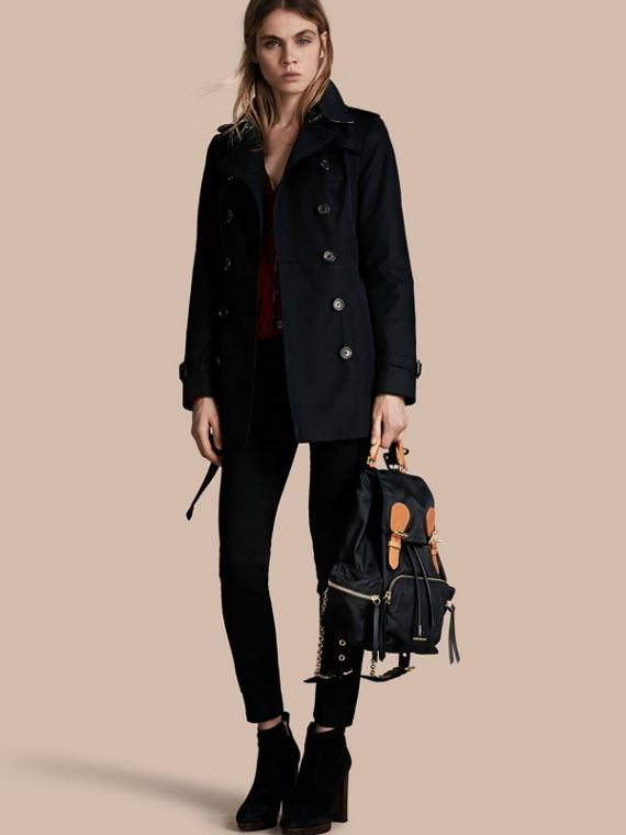 The Sandringham - Trench coat Heritage curto Preto