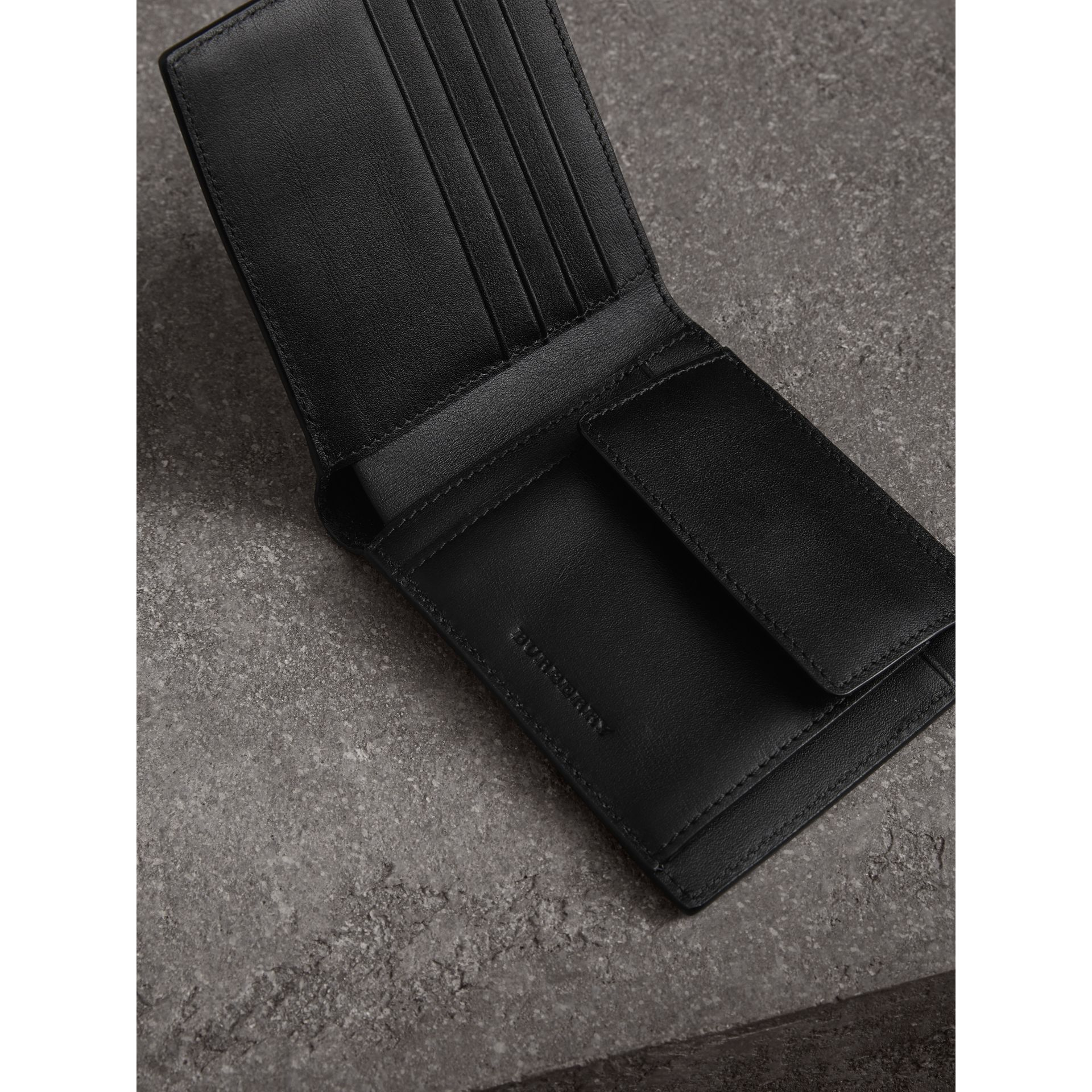 London Check International Bifold Coin Wallet in Charcoal/black - Men | Burberry Canada - gallery image 3