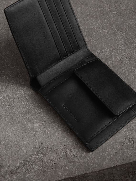 London Check International Bifold Coin Wallet in Charcoal/black - Men | Burberry - cell image 3