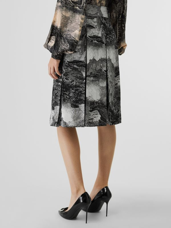 Dreamscape Print Pleated Silk Tie-waist Skirt in Black - Women | Burberry United Kingdom - cell image 2