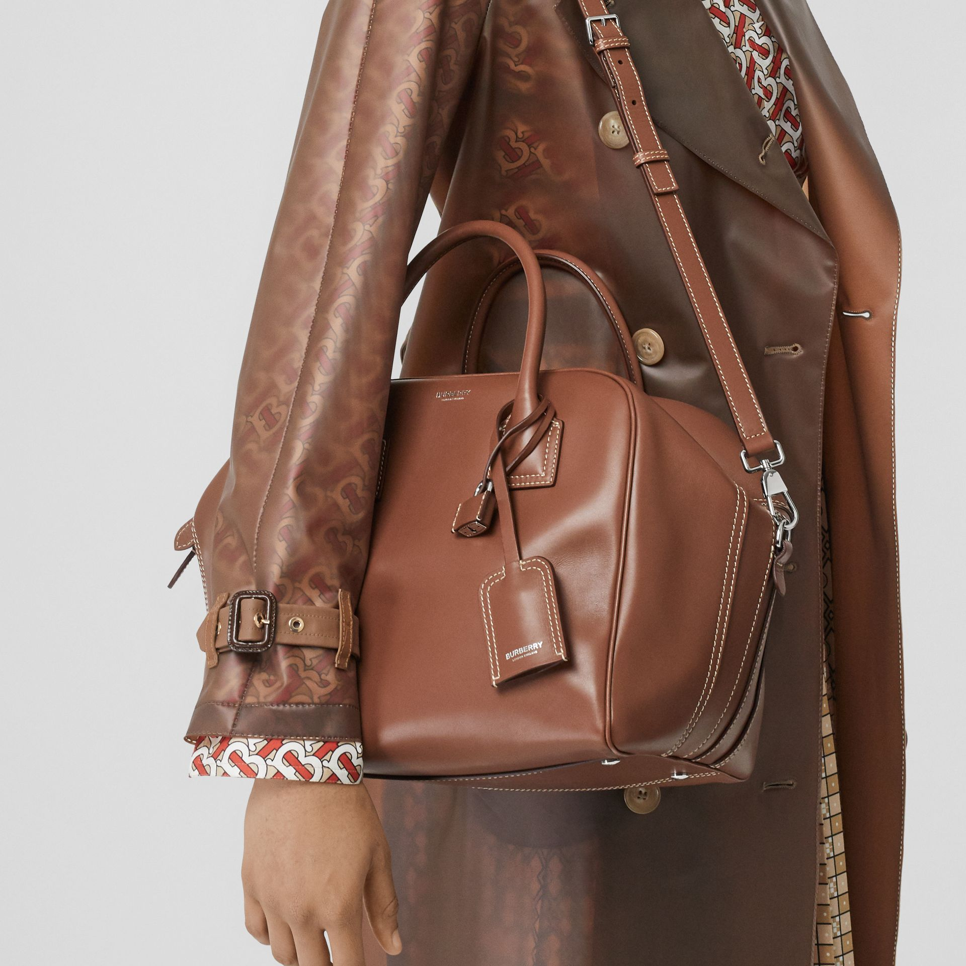 Medium Leather Cube Bag in Malt Brown - Women | Burberry - gallery image 2