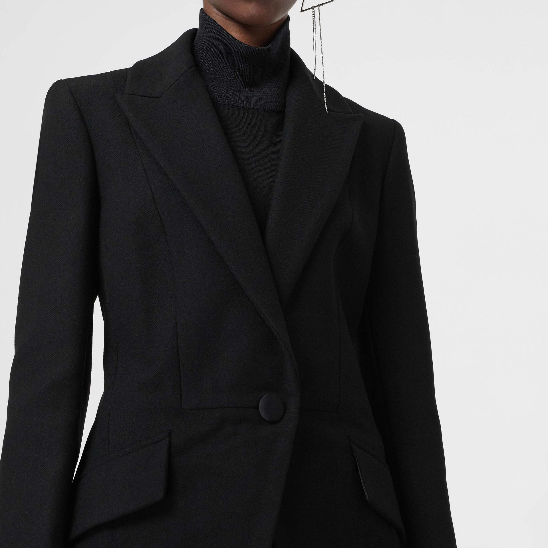Herringbone Wool Cashmere Blend Tailored Jacket in Black - Women | Burberry - gallery image 4