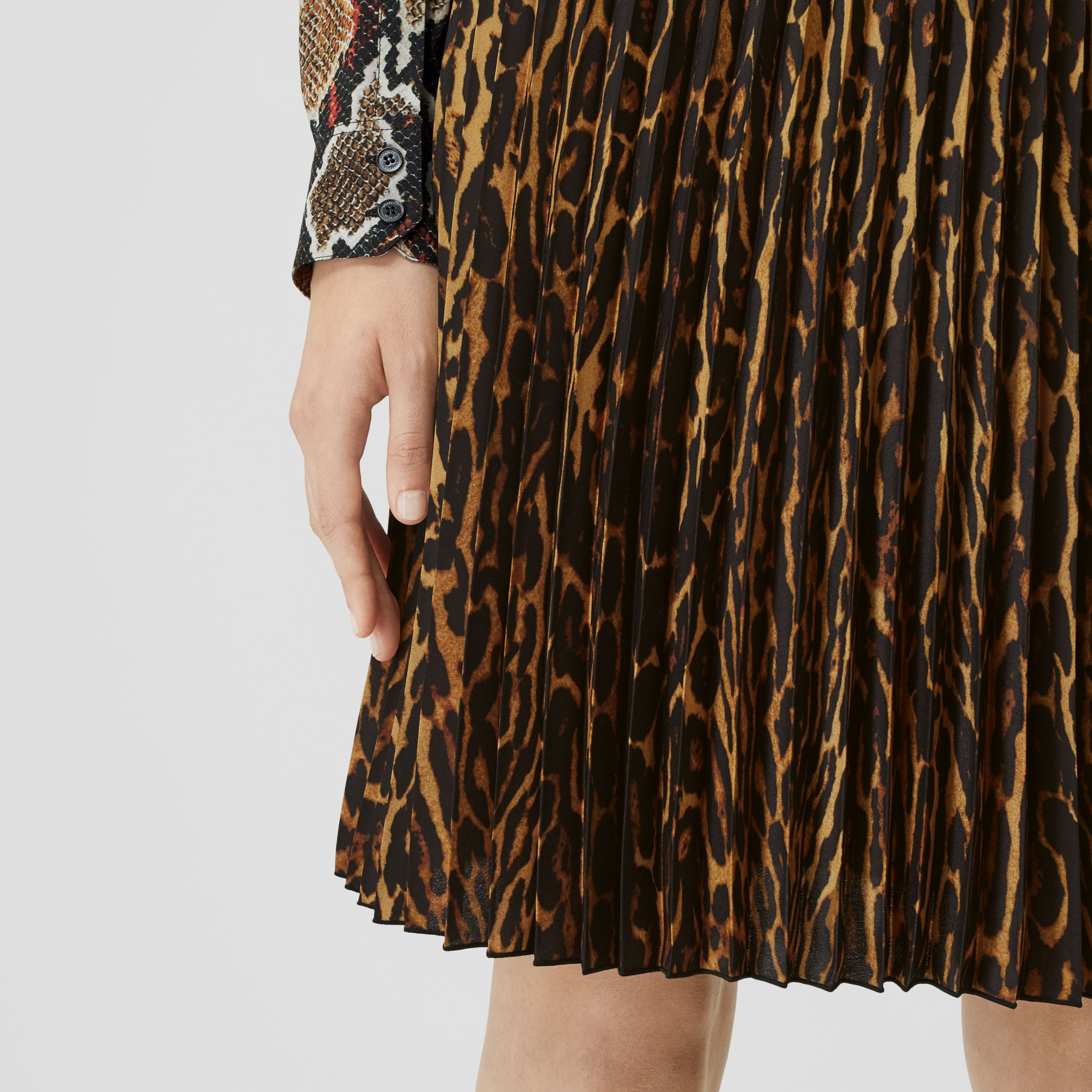 Leopard Print Pleated Skirt in Dark Mustard - Women | Burberry - 2