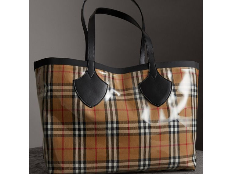 The Medium Giant Tote in Plastic and Vintage Check in Antique Yellow/black - Women | Burberry United Kingdom - cell image 4