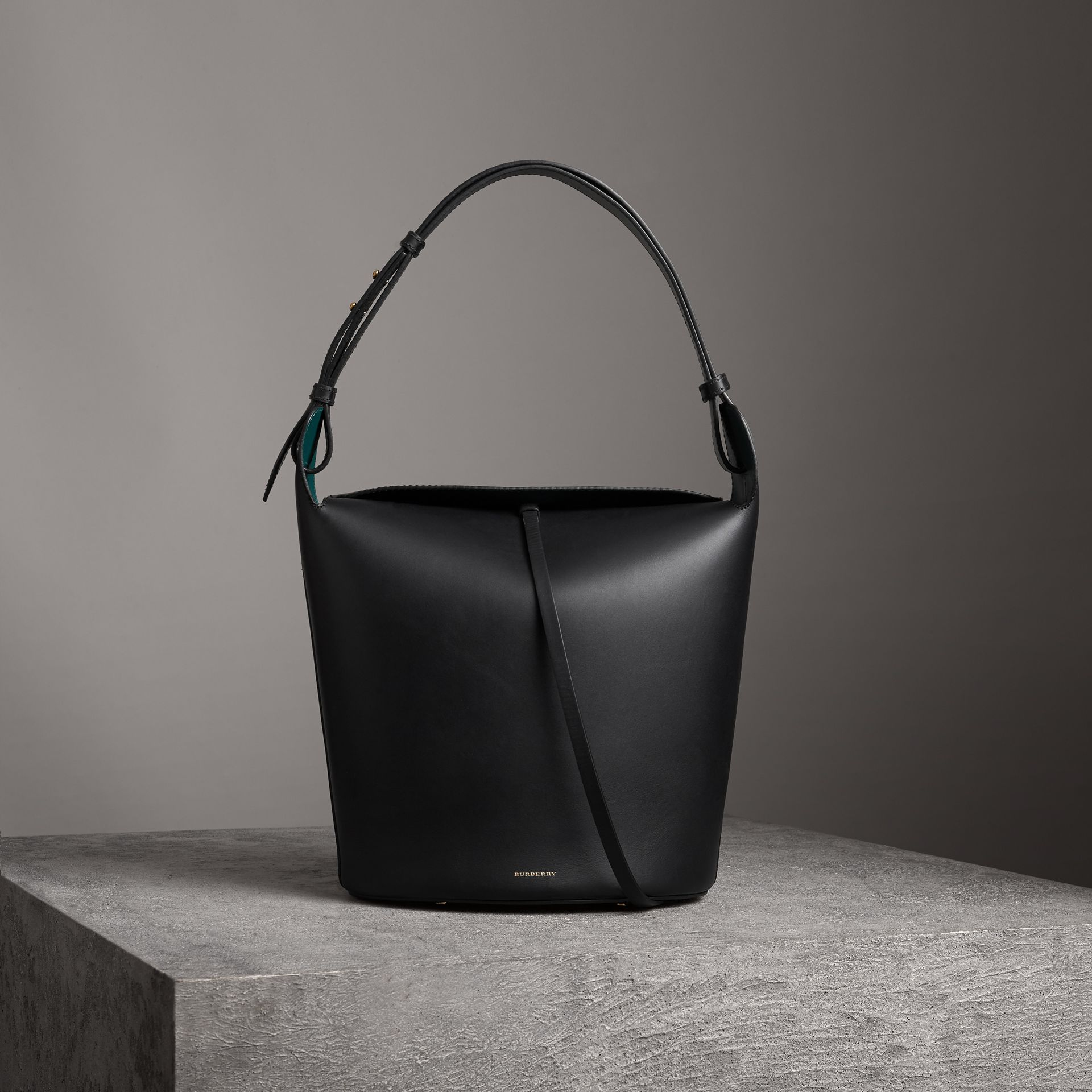 The Large Leather Bucket Bag in Black - Women | Burberry - gallery image 0