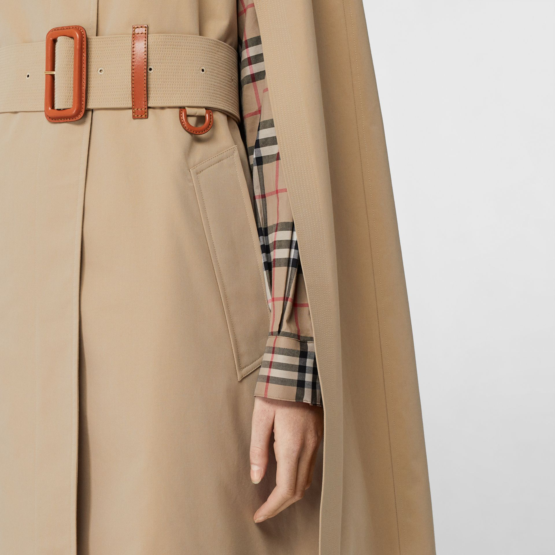 Leather Detail Cotton Gabardine Belted Cape in Honey - Women | Burberry - gallery image 4