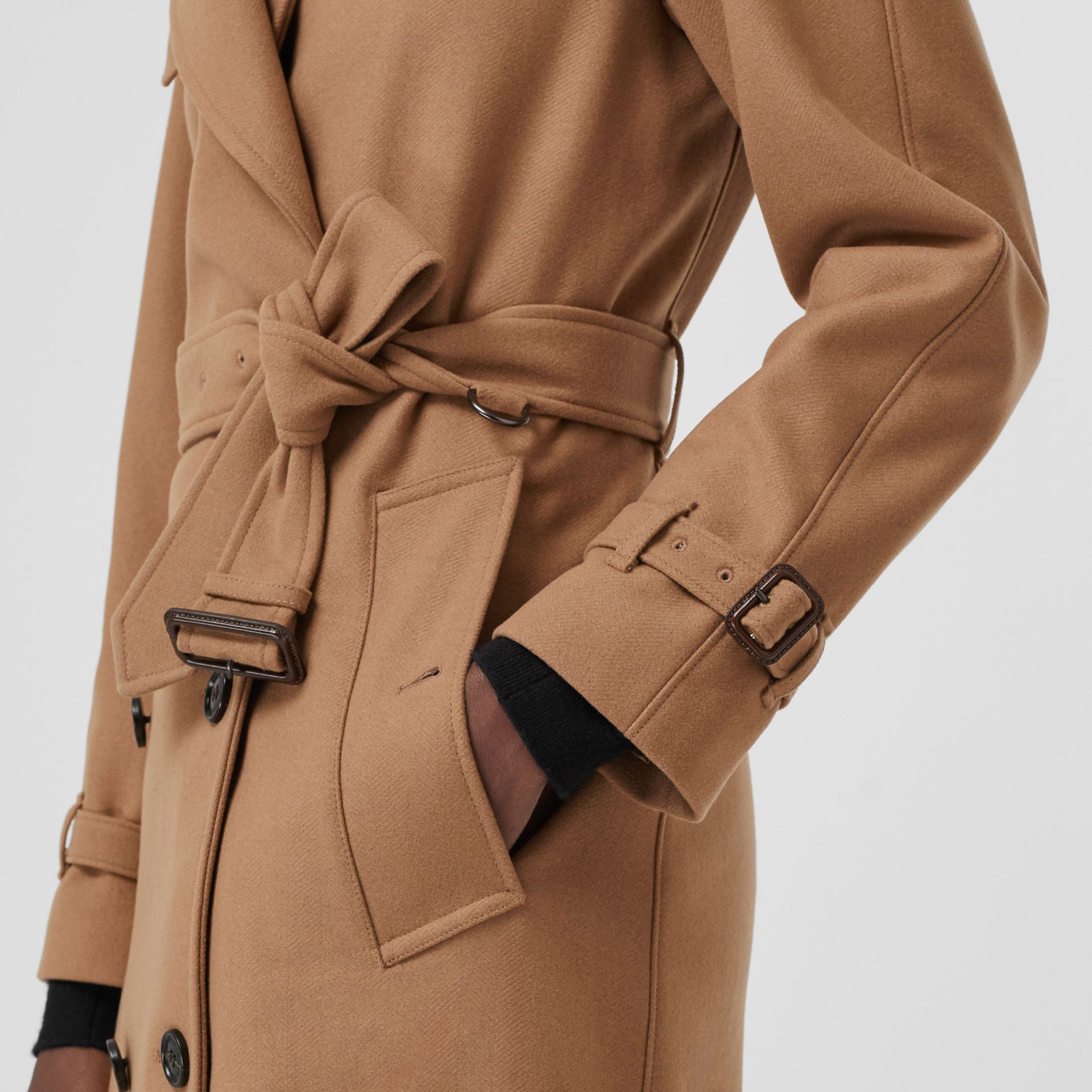 Herringbone Wool Cashmere Blend Trench Coat in Camel - Women | Burberry United Kingdom - gallery image 4