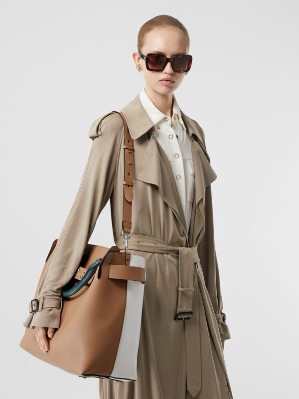 The Large Tri-tone Leather Belt Bag in Light Camel | Burberry - cell image 2