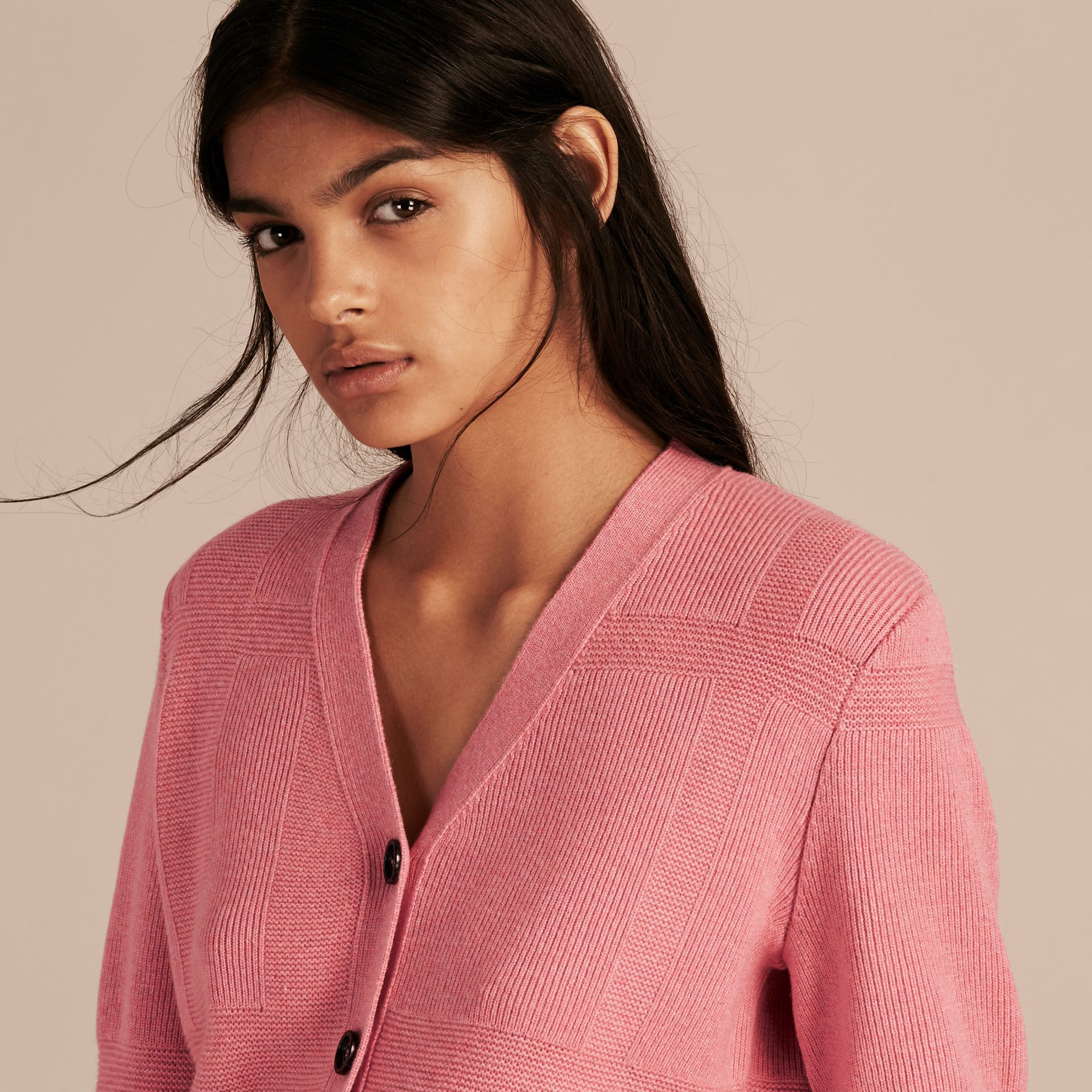 Check-knit Wool Cashmere Cardigan in Hydrangea Pink Melange - gallery image 5
