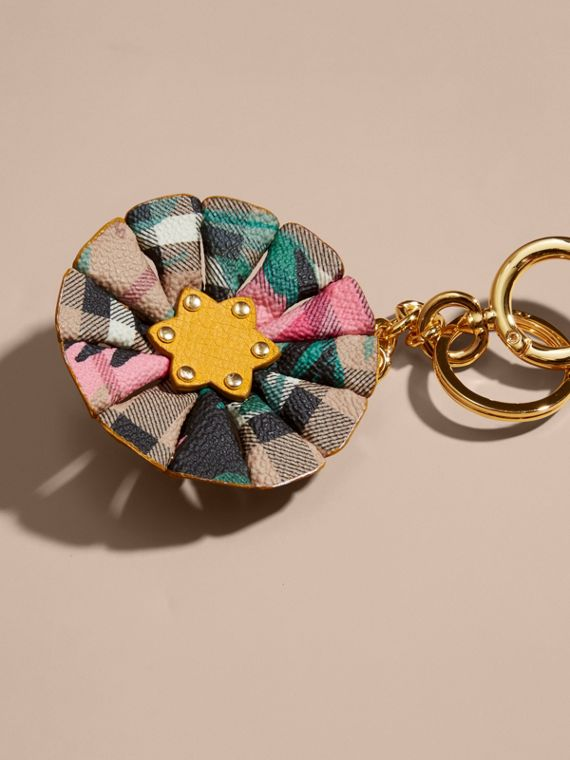 Floral Print Haymarket Check Concertina Key Charm in Larch Yellow - cell image 3