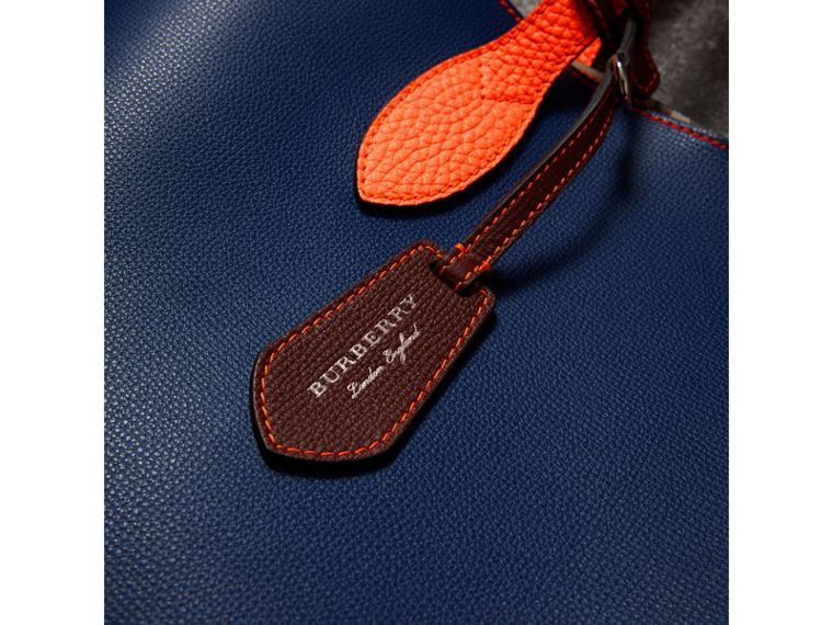 Medium Two-tone Coated Leather Tote in Dark Ultramarine | Burberry United Kingdom - cell image 1