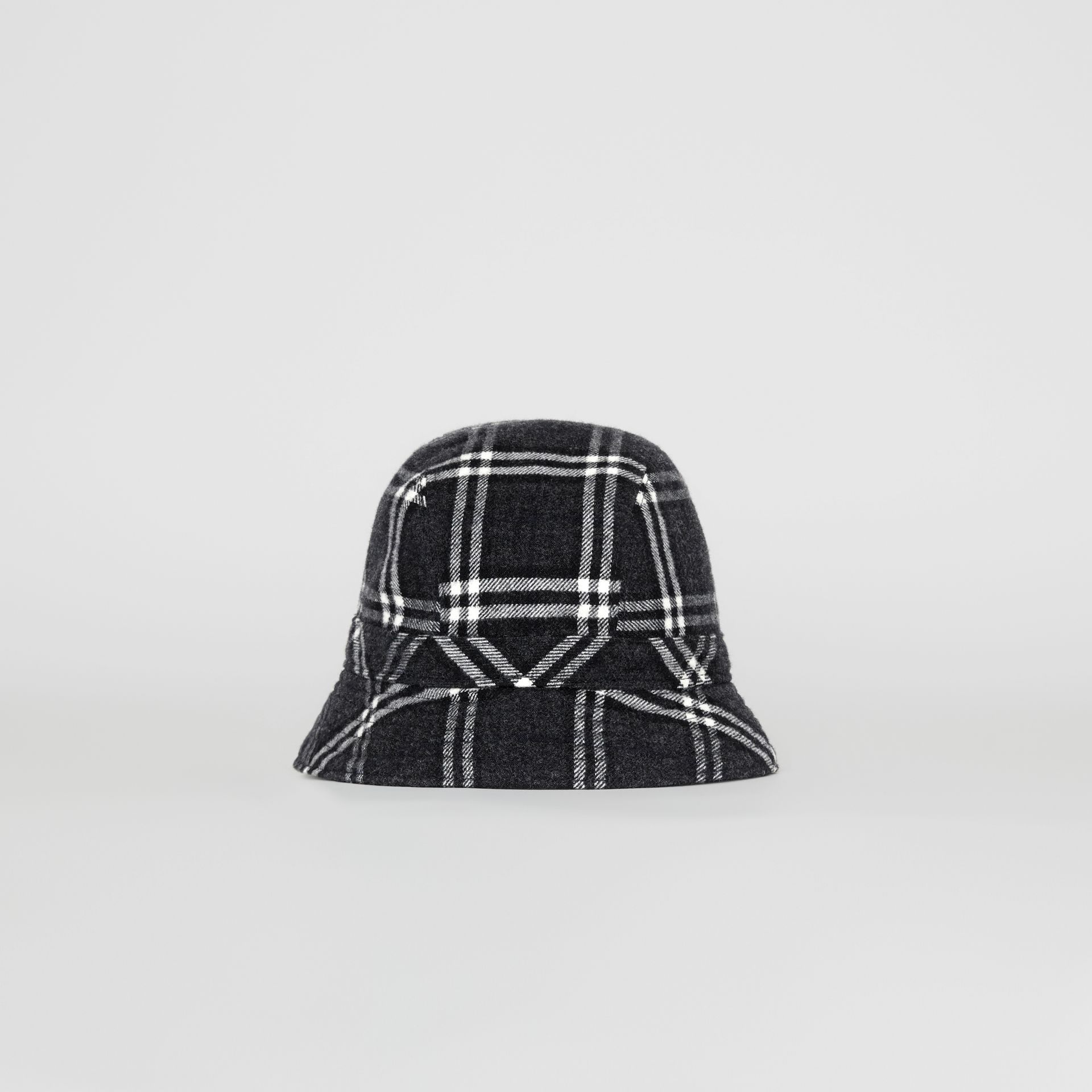 Gosha x Burberry Check Flannel Bucket Hat in Charcoal | Burberry - gallery image 4