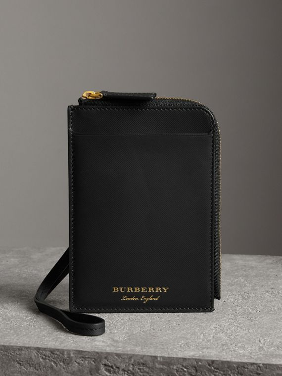 Trench Leather Ziparound Passport Holder in Black