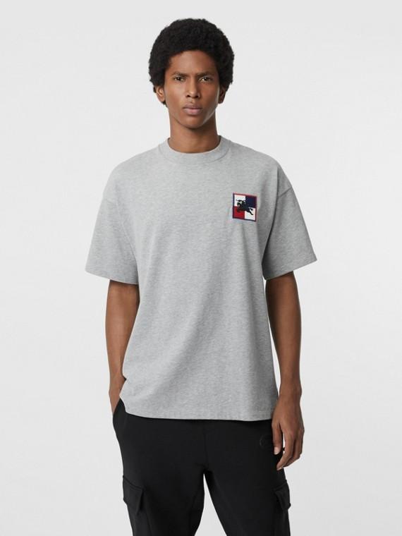 T-shirt in cotone con motivo a quadri e marchio del cavaliere equestre (Grigio Pallido Mélange)