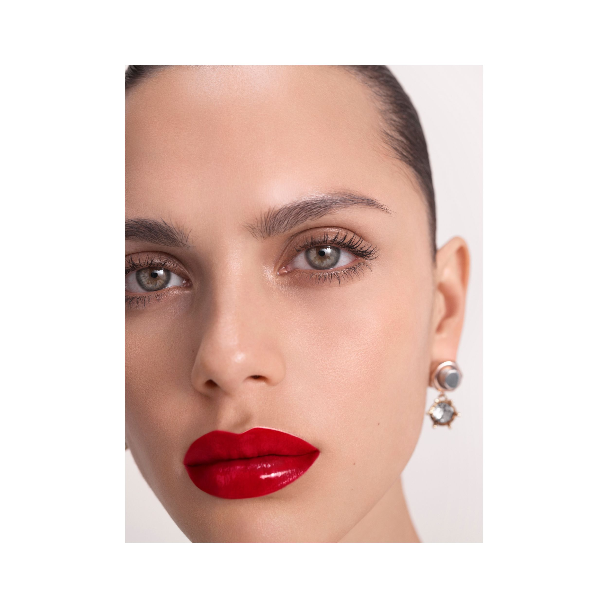 Burberry Kisses Lip Lacquer – Military Red No. 41 - Mujer | Burberry - 2