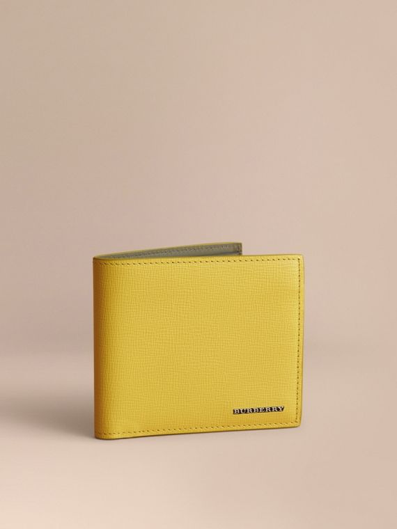 London Leather Folding Wallet in Bright Citrus