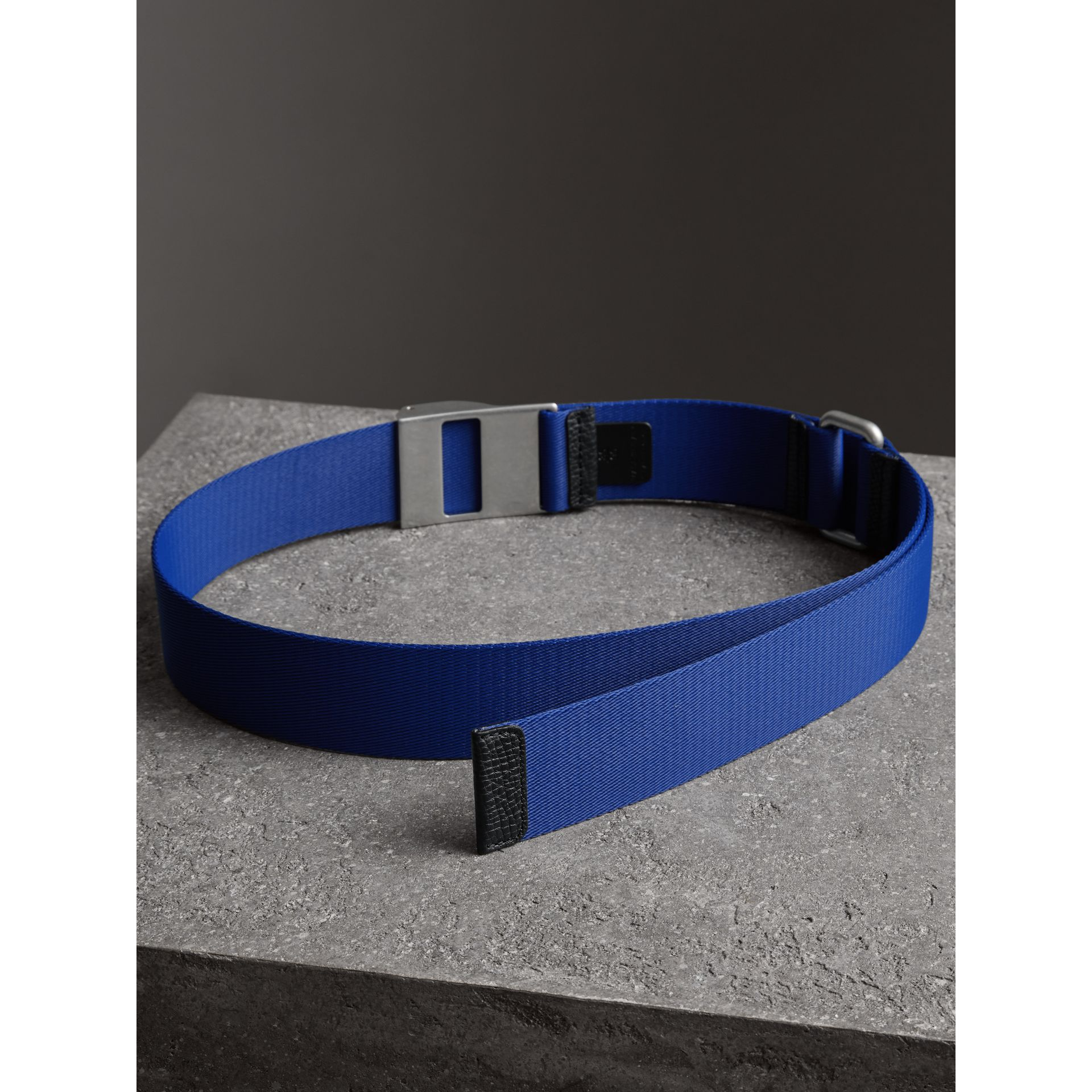 Plaque Buckle Nylon Belt in Dark Canvas Blue - Men | Burberry United Kingdom - gallery image 3