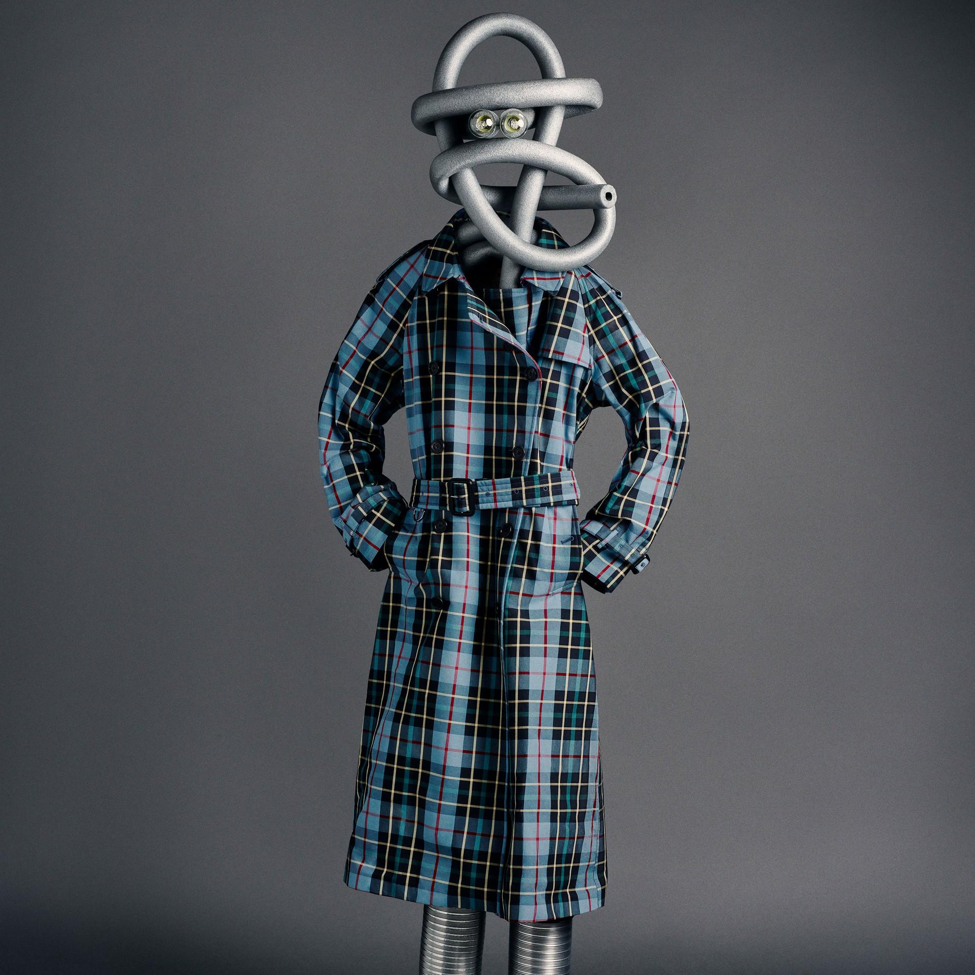 Trench coat xadrez tartan de gabardine de algodão (Azul Ciano) - Mulheres | Burberry - galeria de imagens 7