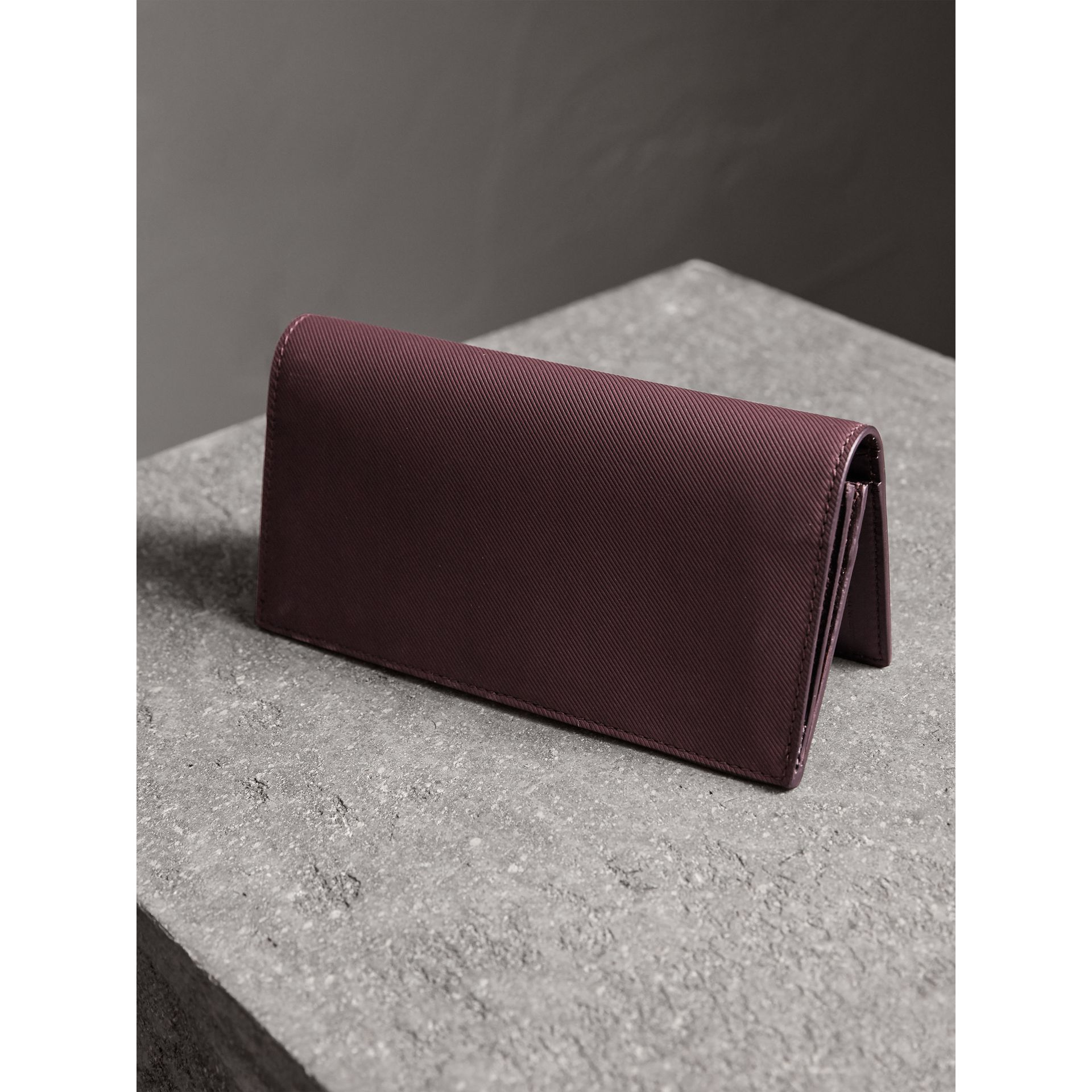 Trench Leather Continental Wallet in Wine - Men | Burberry Canada - gallery image 3