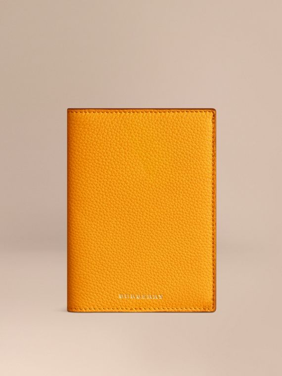 Grainy Leather Passport Cover in Ochre Yellow | Burberry