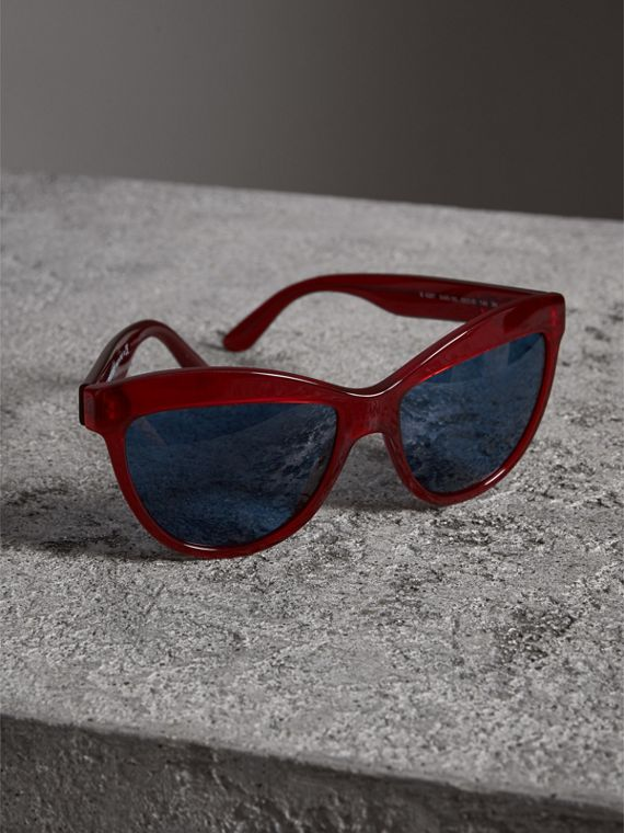 Doodle Cat-eye Frame Sunglasses in Cardinal Red - Women | Burberry - cell image 2