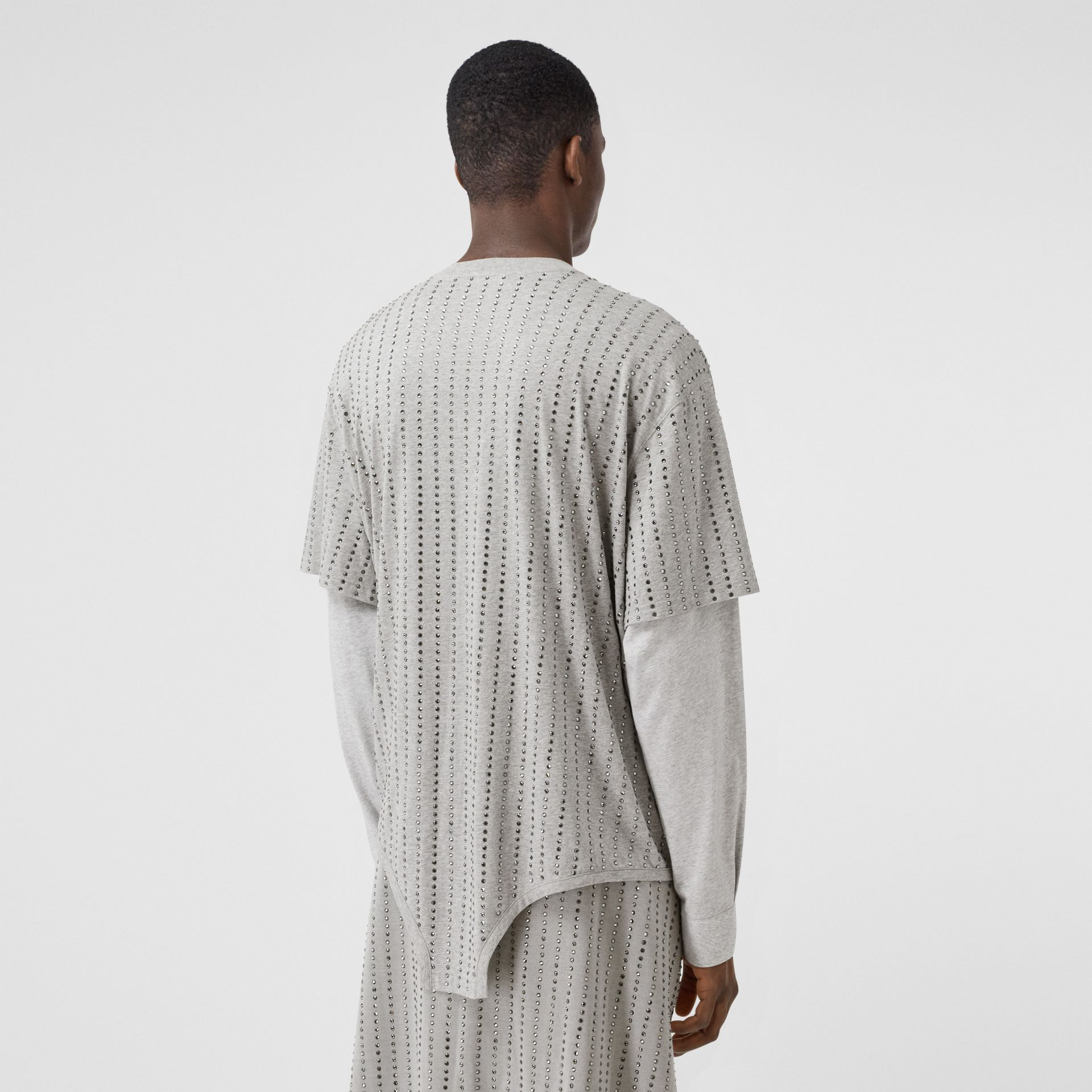 Cut-out Hem Crystal Pinstriped Cotton Oversized T-shirt in Cloud Grey | Burberry - gallery image 2