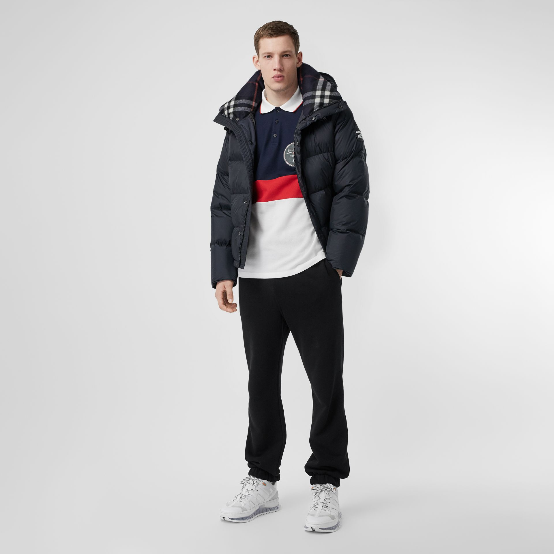 Detachable Sleeve Hooded Puffer Jacket in Navy - Men | Burberry Hong Kong S.A.R - gallery image 0