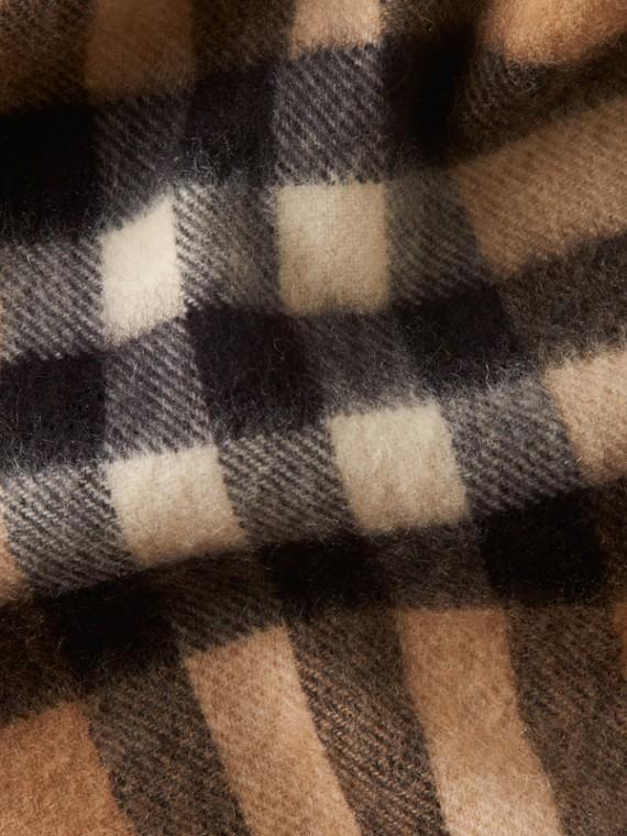Check cammello Sciarpa classica mini in cashmere con motivo tartan Check Cammello - cell image 3