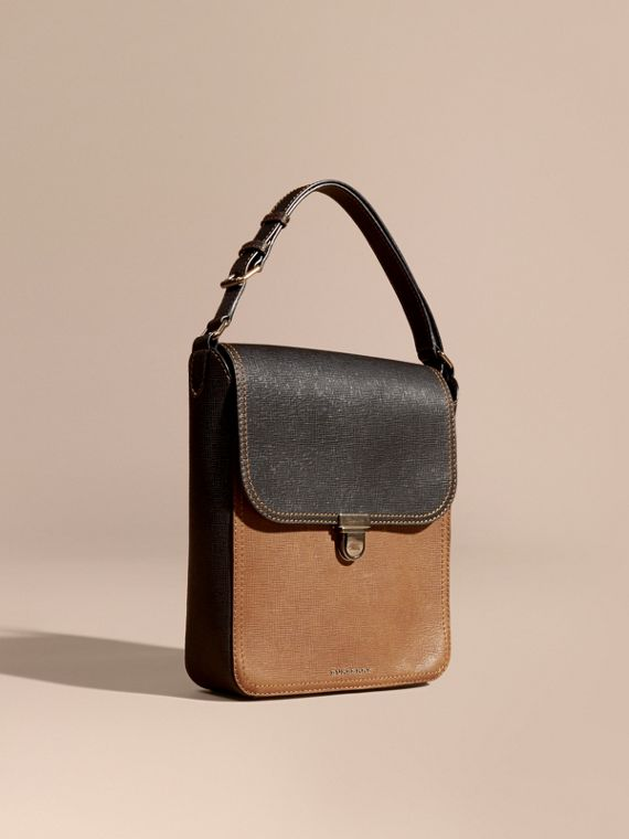 The Satchel media in pelle effetto texture