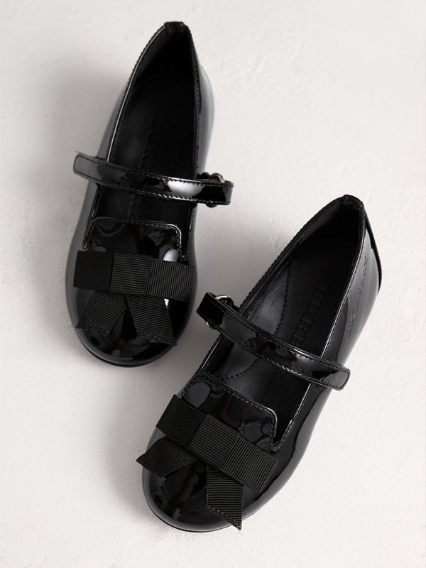 Bow Detail Patent Leather Ballerinas in Black - Children | Burberry - cell image 3