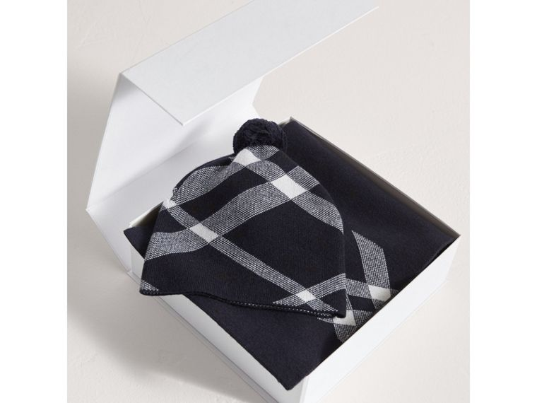 Check Cotton Cashmere Two-piece Gift Set in Navy | Burberry - cell image 2