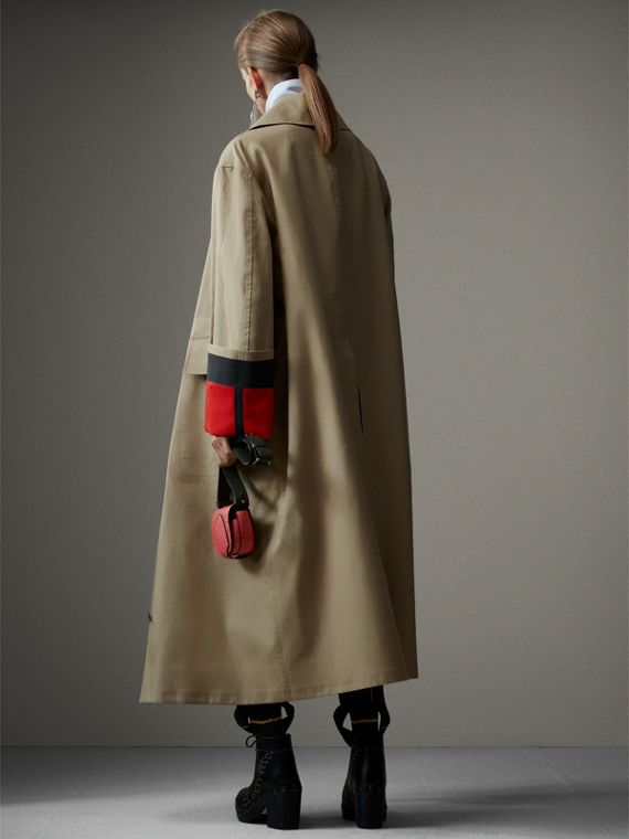 接合棉府綢密縫 Car Coat 大衣 (米色/紅色) - 女款 | Burberry - cell image 2