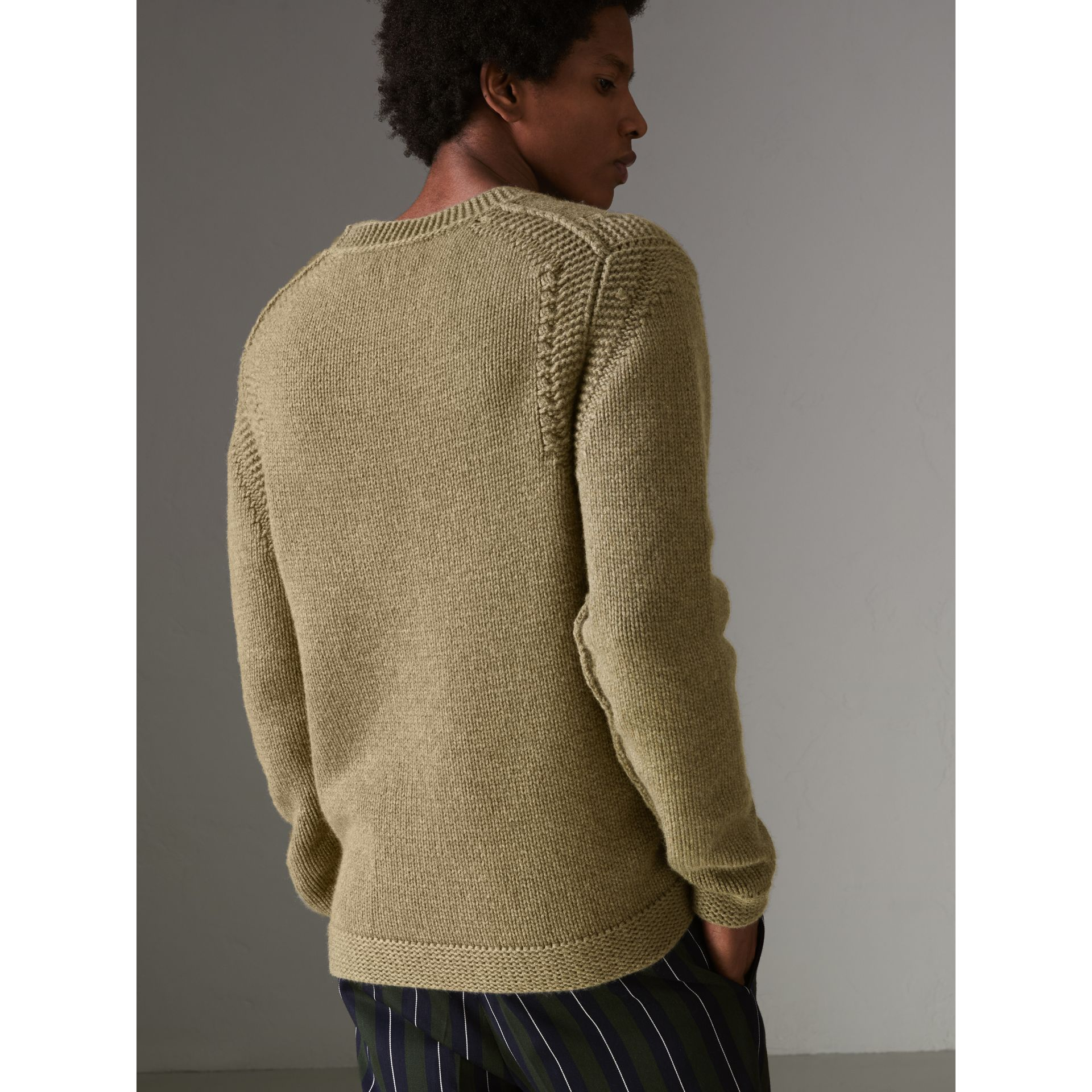 Link Stitch Detail Cashmere Sweater in Clay Green - Men | Burberry - gallery image 2