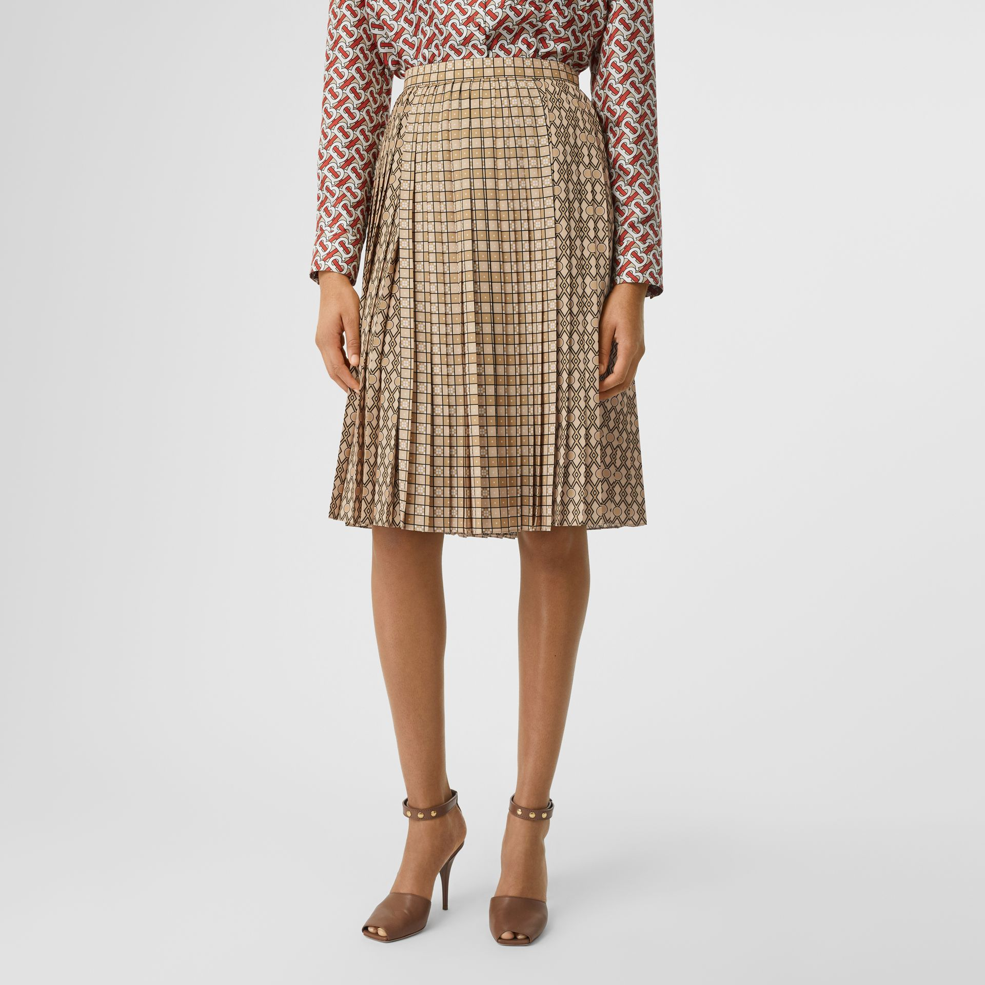 Contrast Graphic Print Pleated Skirt in Latte - Women | Burberry - gallery image 4