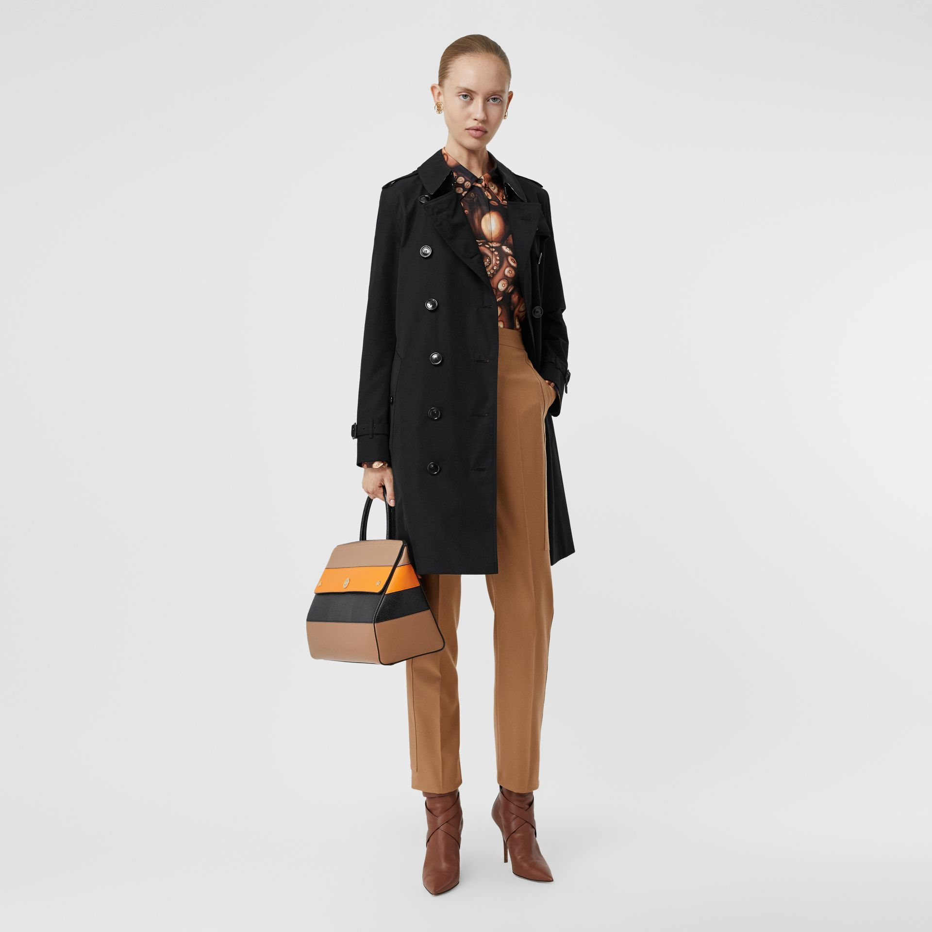 Kensington Fit Cotton Gabardine Trench Coat in Black - Women | Burberry - gallery image 0