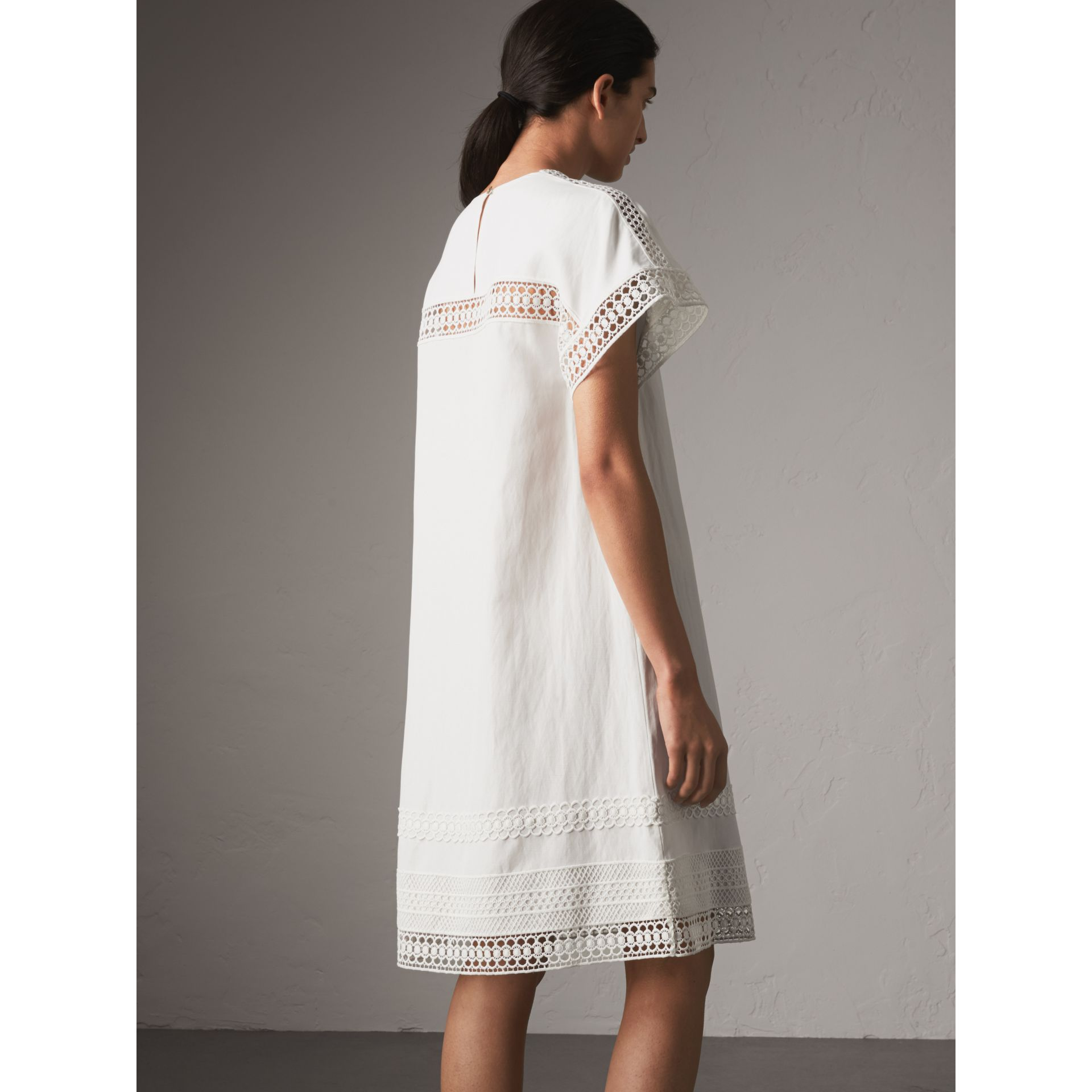 Short-sleeved Macramé Lace Detail Silk Blend Dress in White - Women | Burberry - gallery image 3