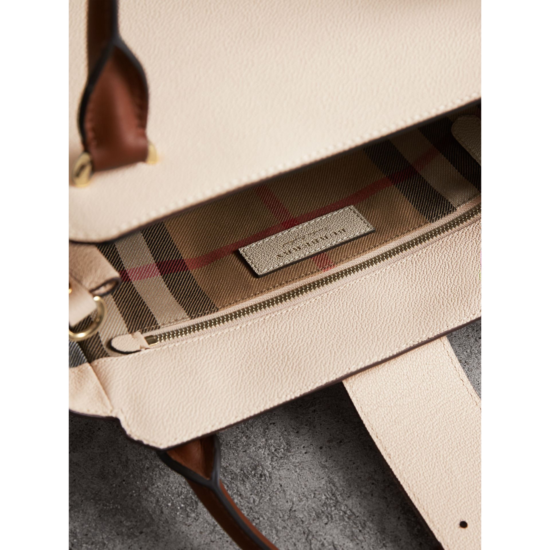 The Medium Buckle Tote in Grainy Leather in Limestone - Women | Burberry - gallery image 6