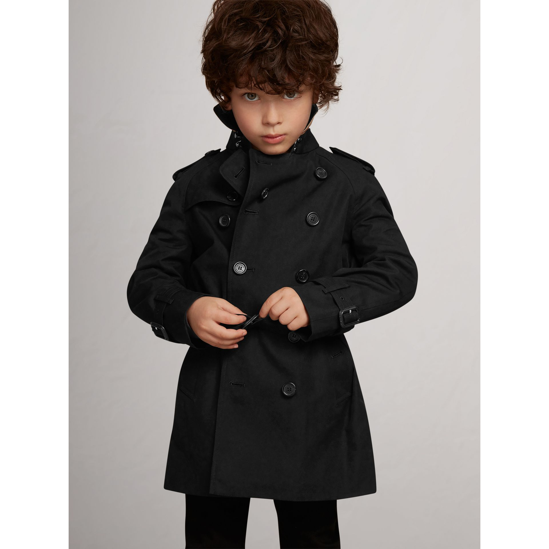The Wiltshire Trench Coat in Black - Boy | Burberry United Kingdom - gallery image 1