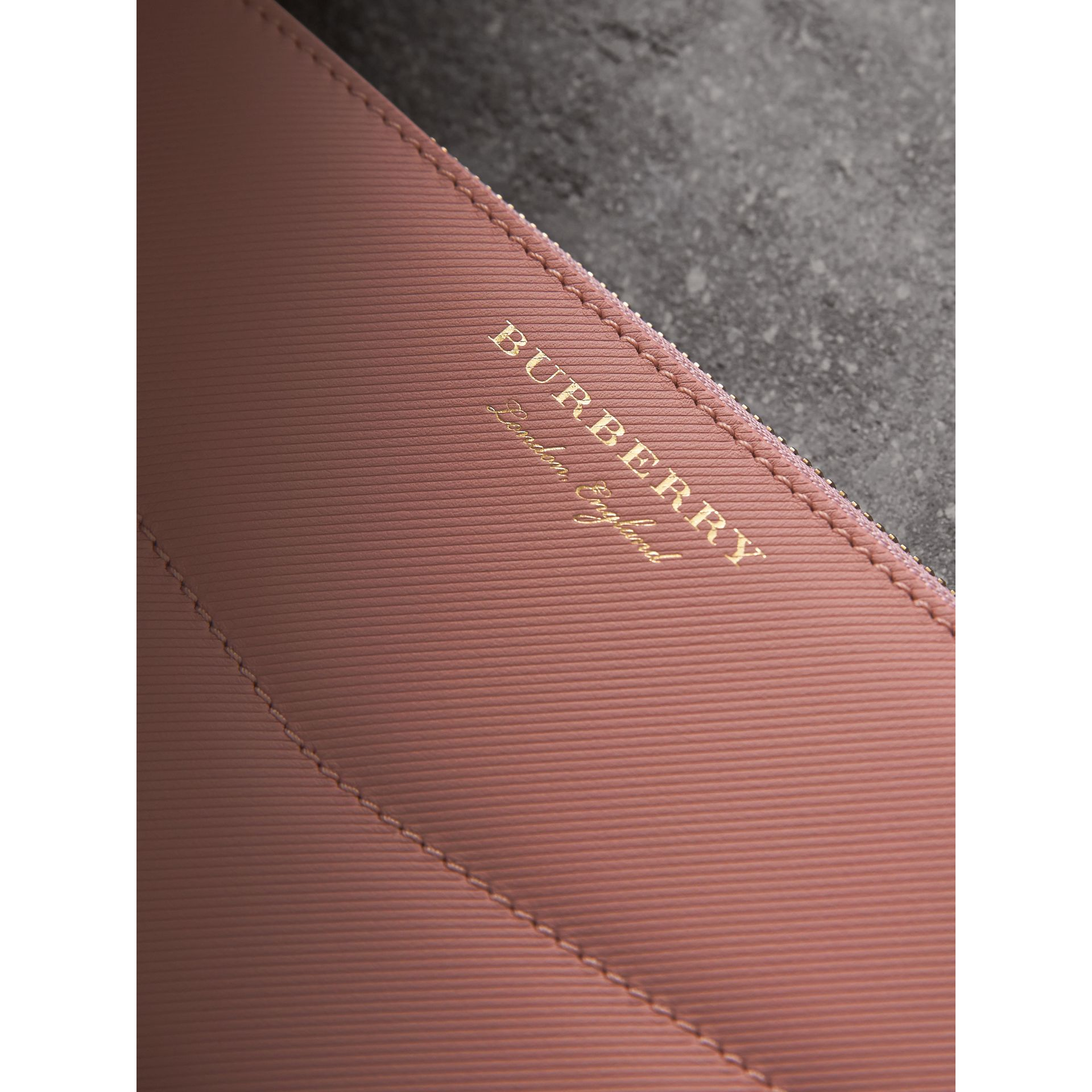Two-tone Trench Leather Ziparound Wallet in Ash Rose/pale Clementine - Women | Burberry Canada - gallery image 1