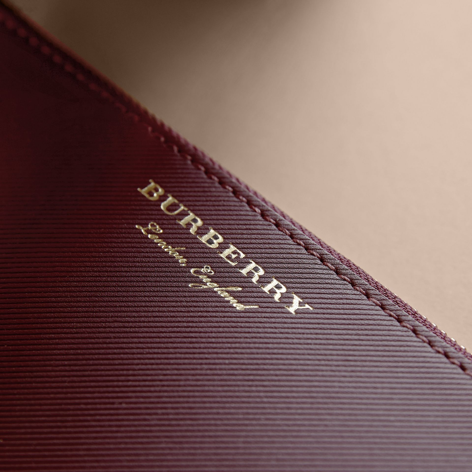 Two-tone Trench Leather Travel Wallet in Wine - Men | Burberry - gallery image 2