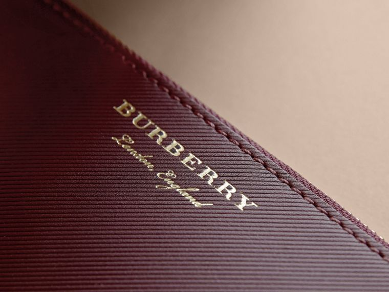 Two-tone Trench Leather Travel Wallet in Wine - Men | Burberry Hong Kong - cell image 1