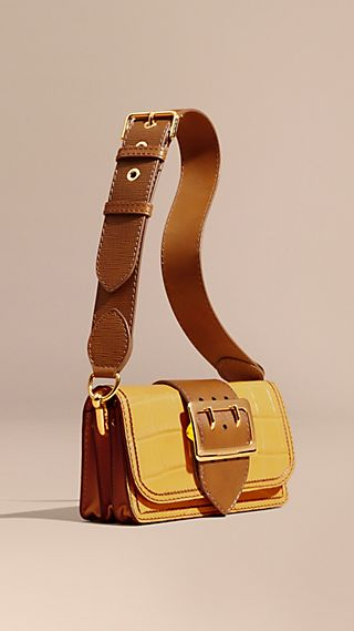 The Buckle Bag in Alligator and Leather Citrus Yellow / Tan