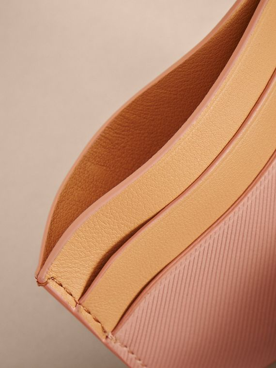 Two-tone Trench Leather Card Case in Ash Rose/pl Clemn - Women | Burberry United Kingdom - cell image 3