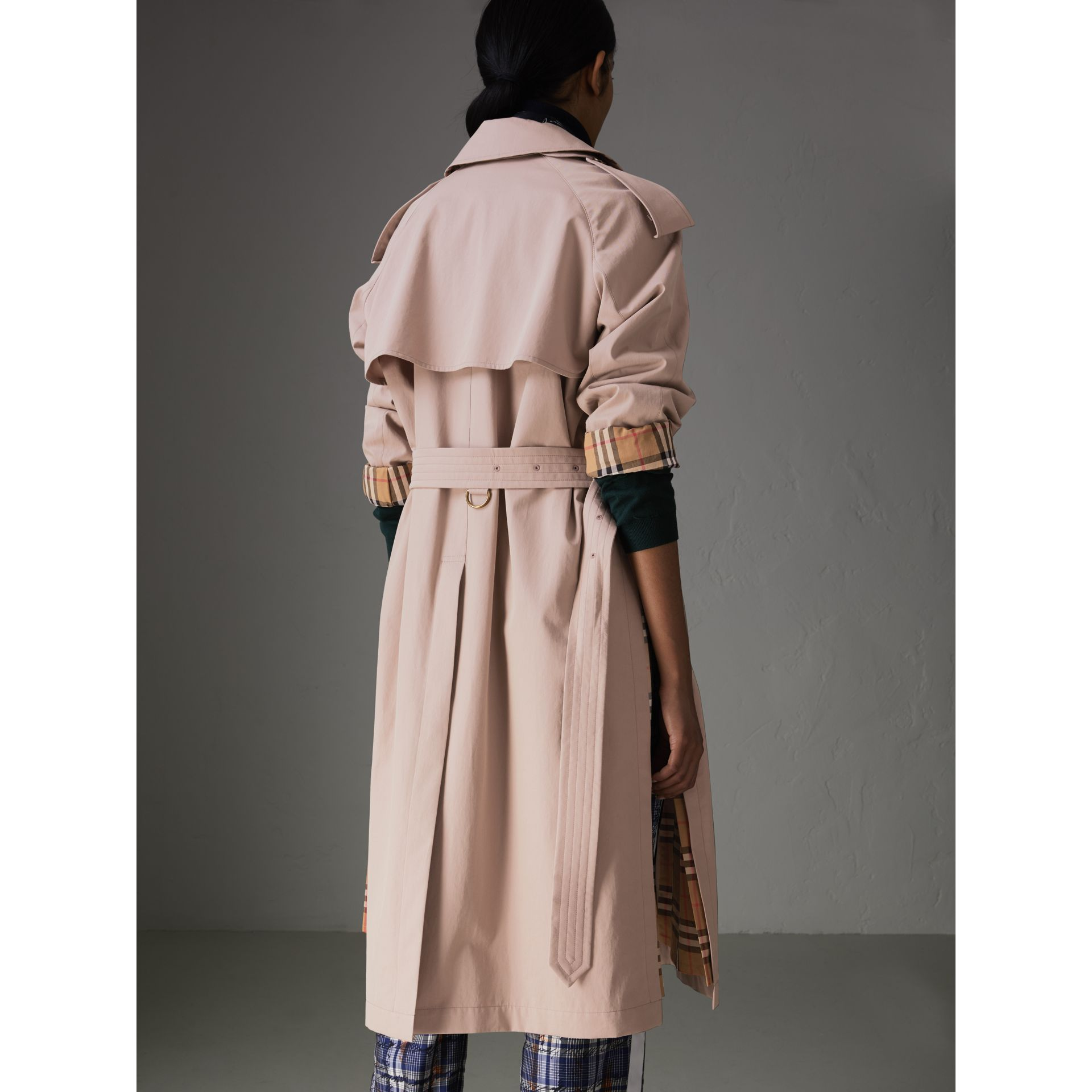 Side-slit Tropical Gabardine Trench Coat in Antique Taupe Pink - Women | Burberry United States - gallery image 2