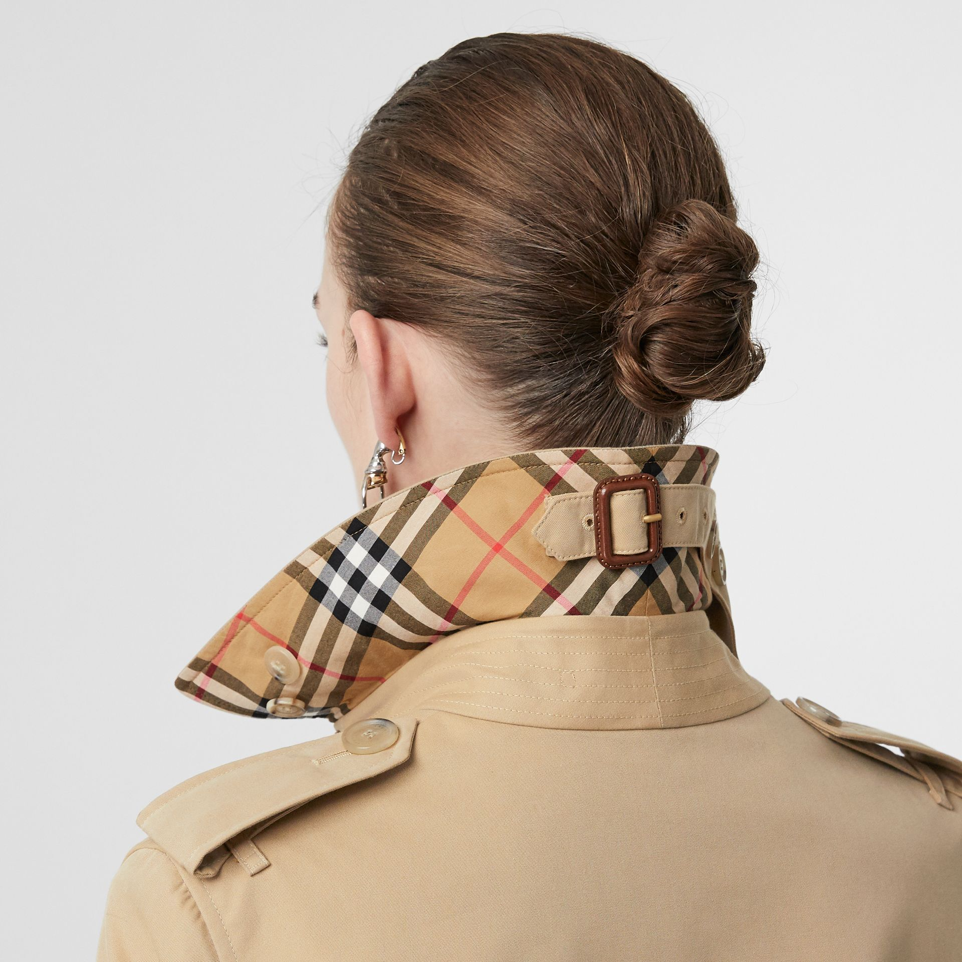 Trench Heritage The Kensington (Miel) - Femme | Burberry - photo de la galerie 1