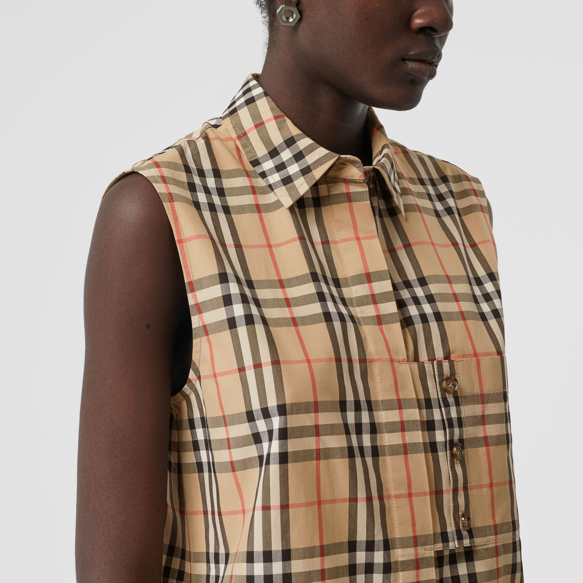 Sleeveless Vintage Check Cotton Poplin Oversized Shirt in Archive Beige - Women | Burberry United Kingdom - gallery image 5